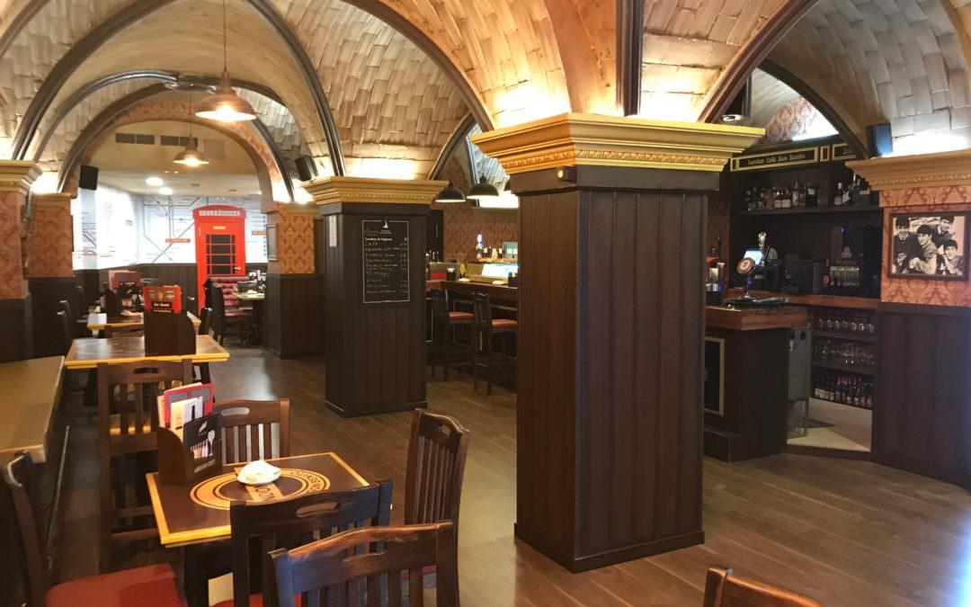 EL AUTOBÚS DE LONDON CAFÉ LLEGA A DON BENITO